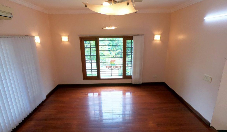 40x60-house-for-sale-in-Kasturi-Nagar.jpg