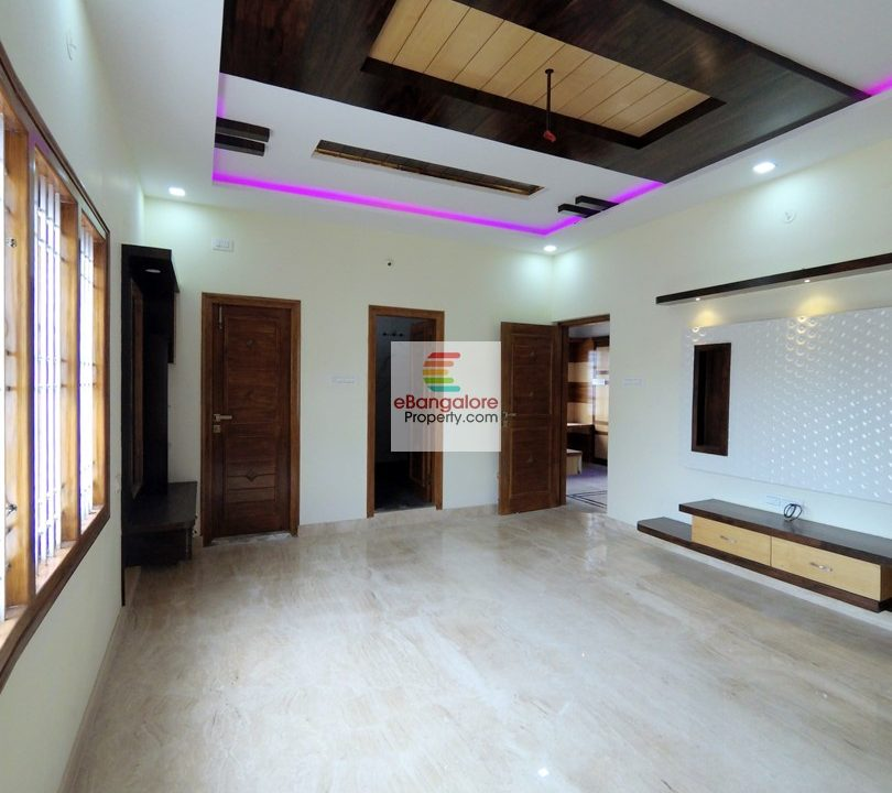 4BHK-house-for-sale-on-30x40-