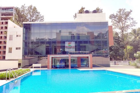 Apartment for sale with luxury amenities Swimming pool