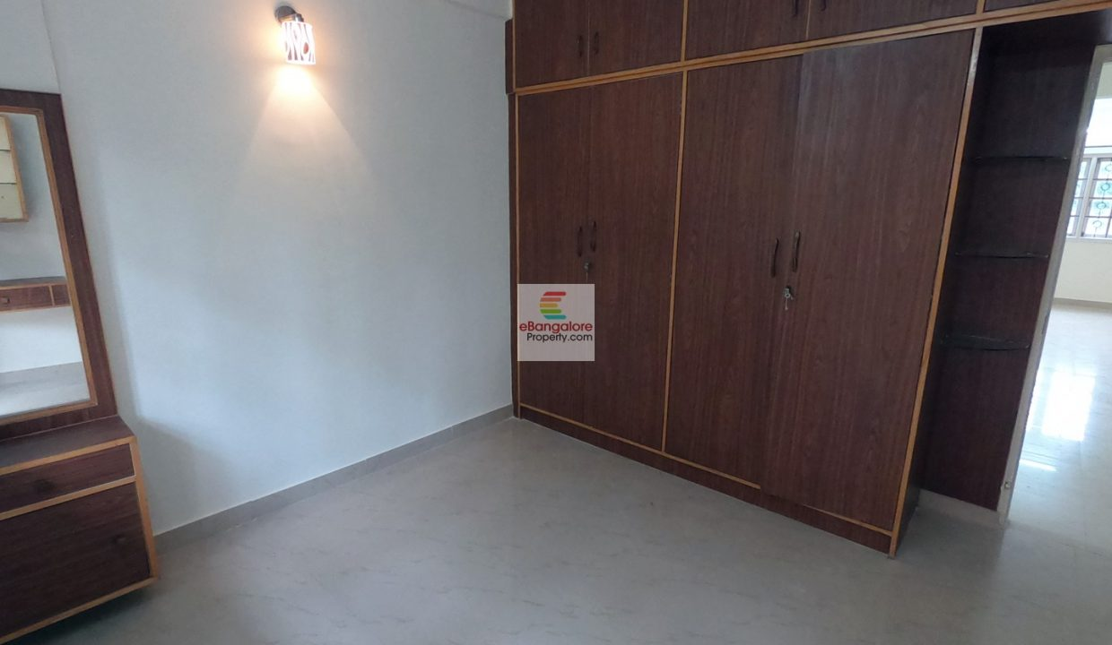 Benson Town Flat for rent
