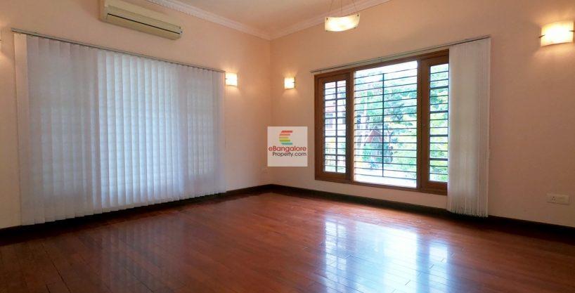 Bungalow-for-sale-in-Kasturi-Nagar-40x60