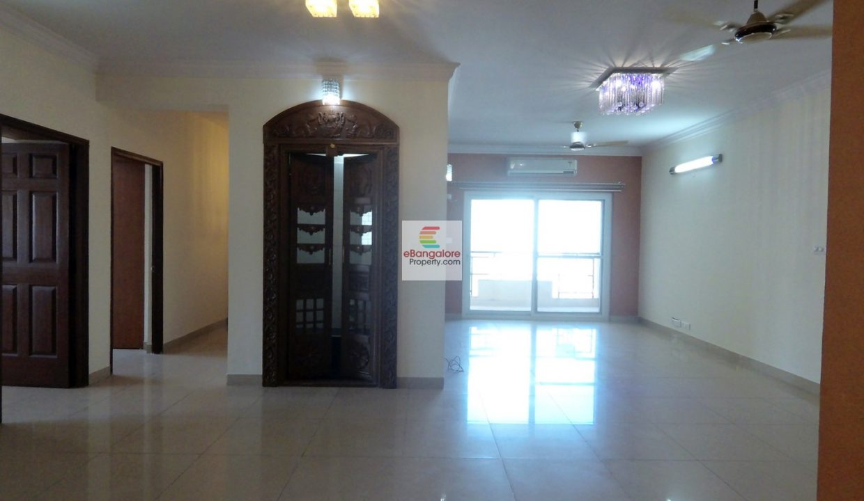 Hall-for-3BHK-Mantri-Tranquil-Resale