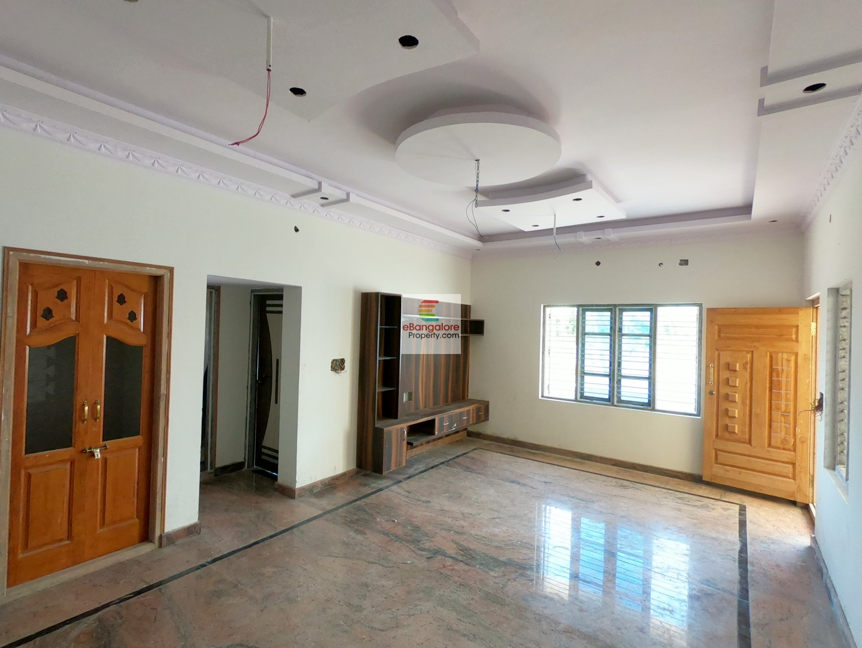 KR Puram Budget Home 3 – Independent House for Sale on 30×40 – Corner House