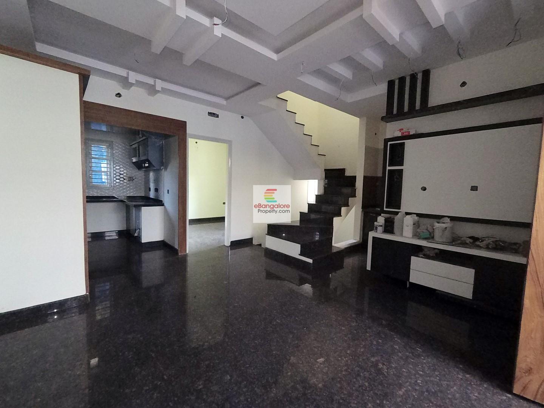 JP Nagar Ext. BDA – Independent Multi Unit Building for Sale – With 3BHK Triplex