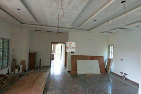 Multi-Unit-building-for-sale-near-BEL-Circle