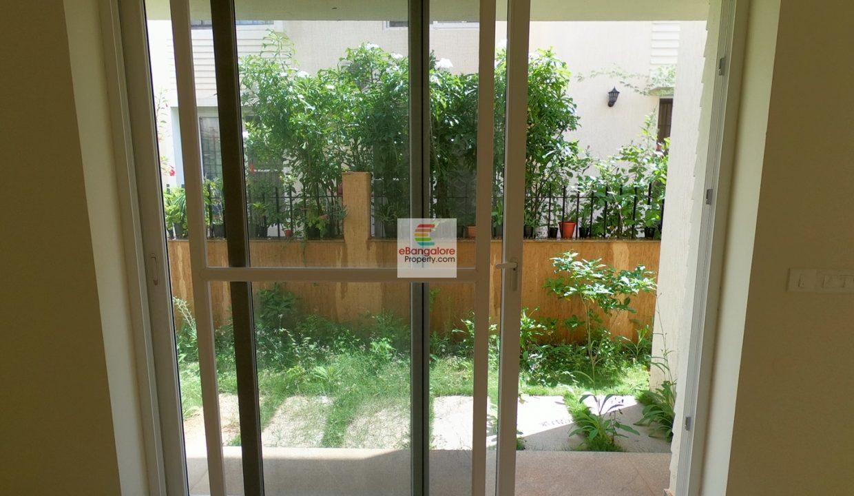 Personal-Garden-from-Dining.JPG