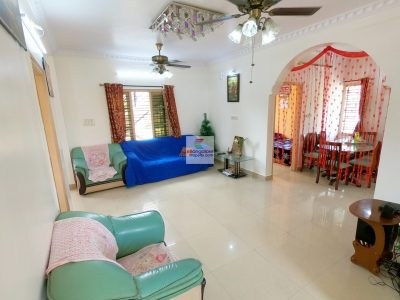 Spacious-Hall-for-sale-house-RT-Nagar