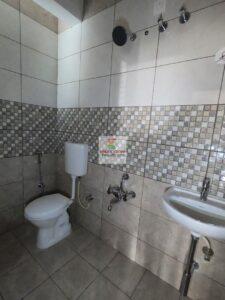 bathroom2-16.jpg