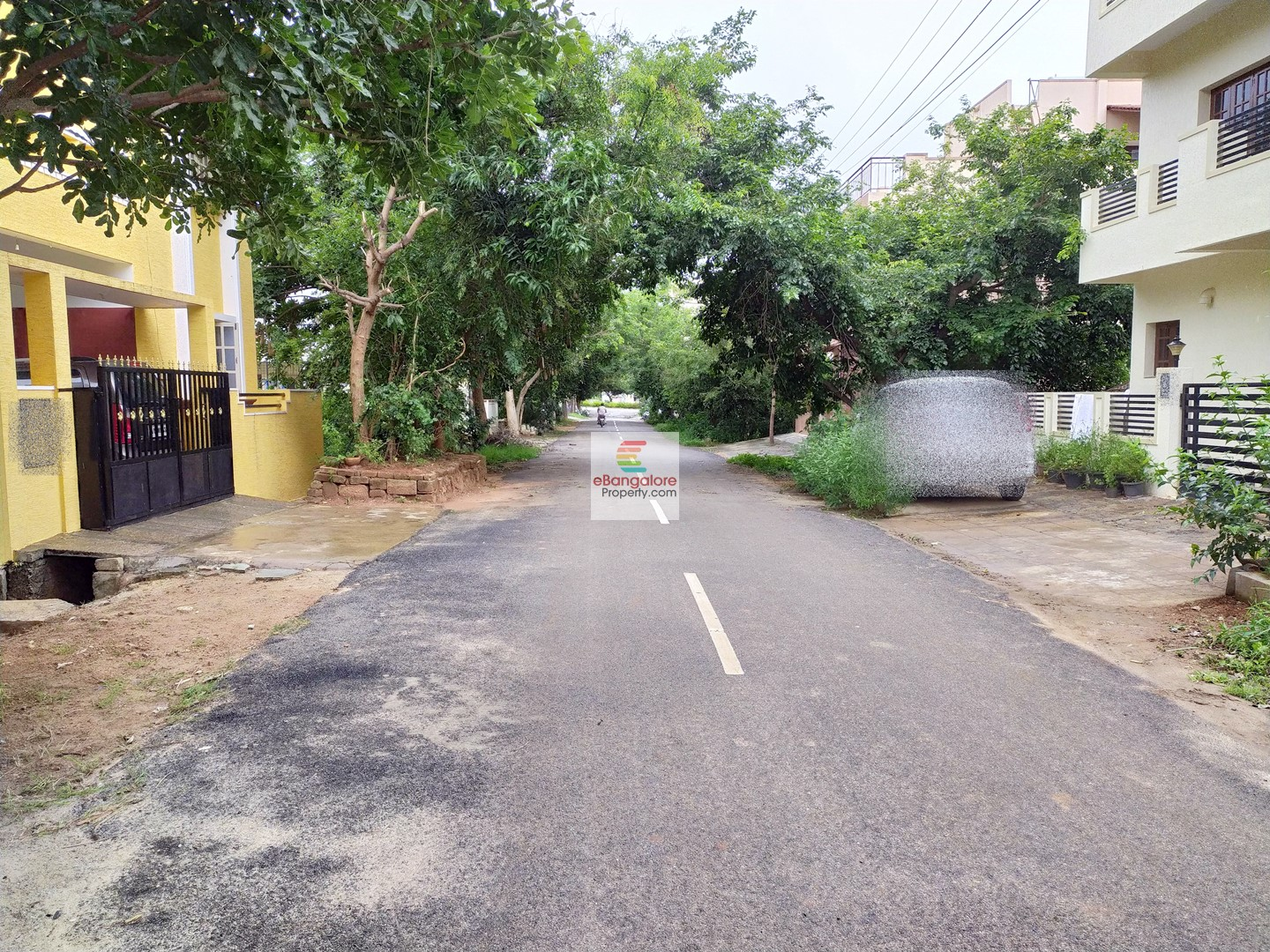 Jakkur MCECHS Layout- 20×40 A Khata Site for Sale – Calm Residential Locality