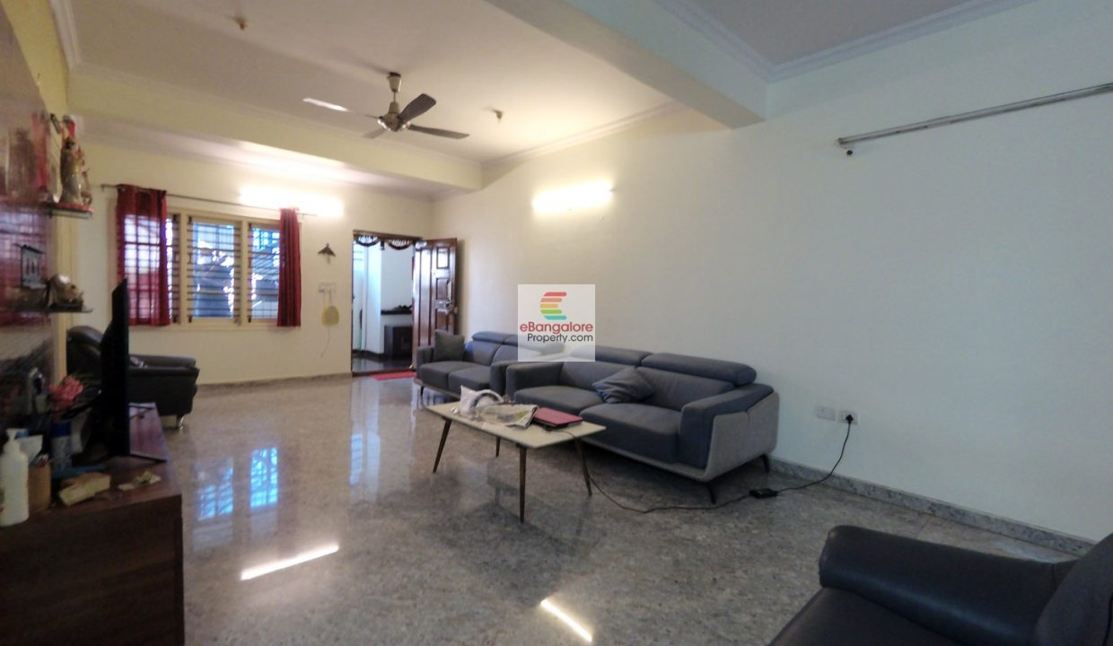 4-bedroom-house-for-sale-near-kr-road.jpg