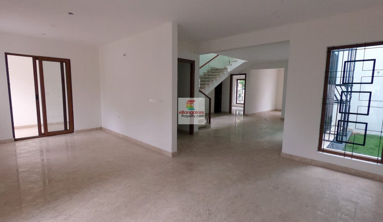 4bhk-bungalow-for-sale-in-ombr-layout