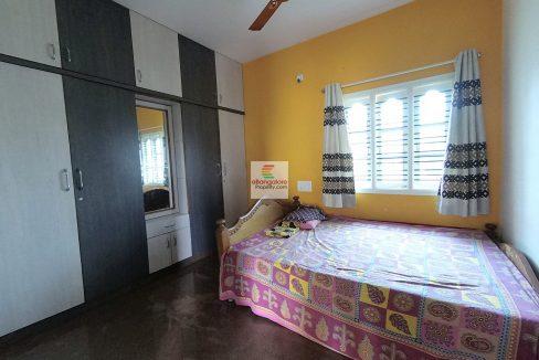 multi-unit-house-for-sale-in-kanakpura-road