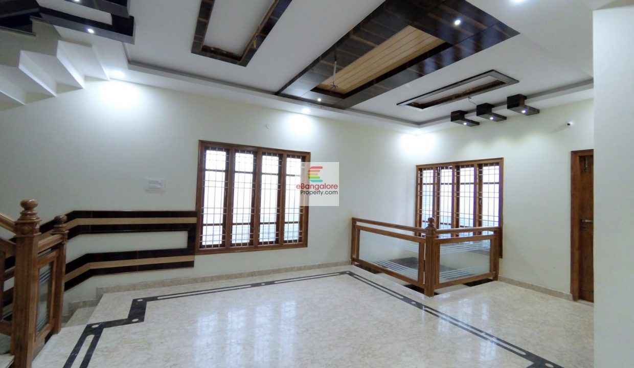 30x40-indepepndent-house-for-sale-in-nagarabhavi