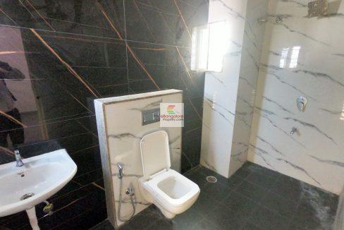 attached-bathroom.jpg