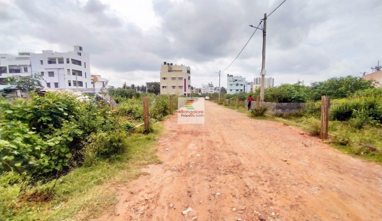 bda site for sale near outer ring road