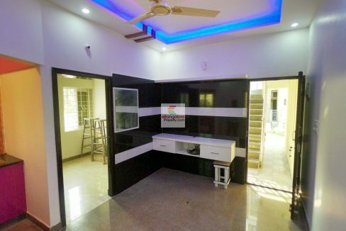 independent-house-for-sale-in-sir-mv-layout.jpg