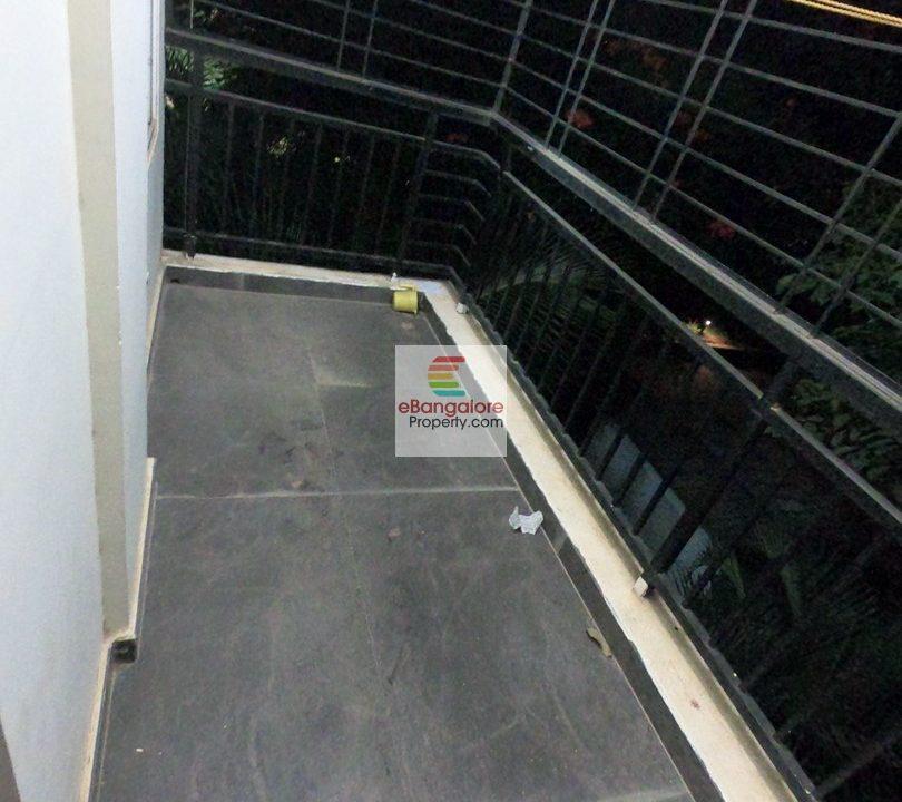balcony2
