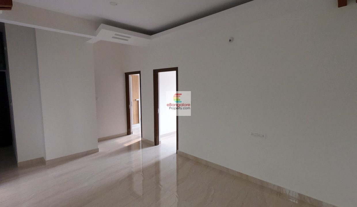 multi-unit-building-for-sale-in-kasturi-nagar.jpg