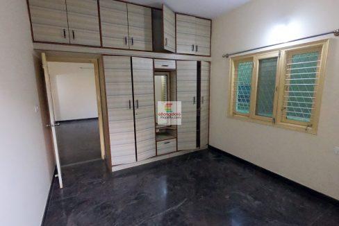 multiple-unit-building-for-sale-near-kalyan-nagar.jpg