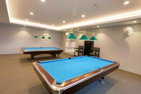snooker-room