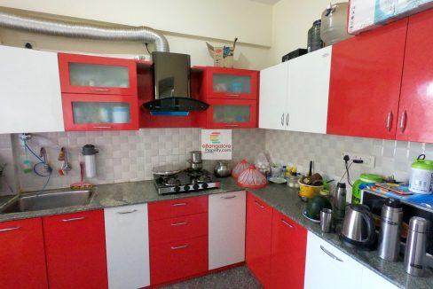 2-bedroom-flat-for-sale-in-thanisandra.jpg