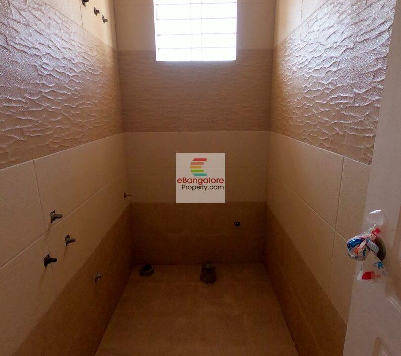 bathroom3-2.jpg