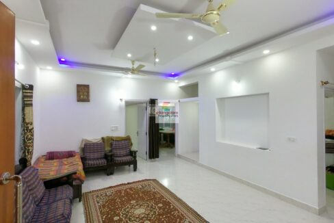building-for-sale-in-thanisandra