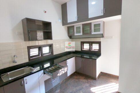 multi-unit-building-for-sale-in-vidyaranyapura-4.jpg