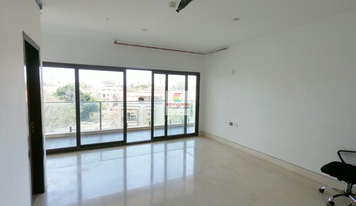 5bhk-condo-for-sale-in-benson-town.jpg