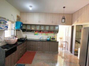 house-for-sale-near-8th-mile.jpg