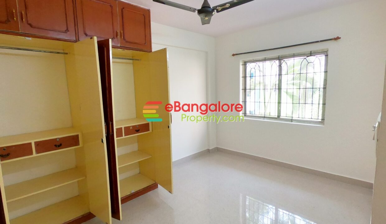 2bhk-flat-for-sale-near-mekhri-circle.jpg