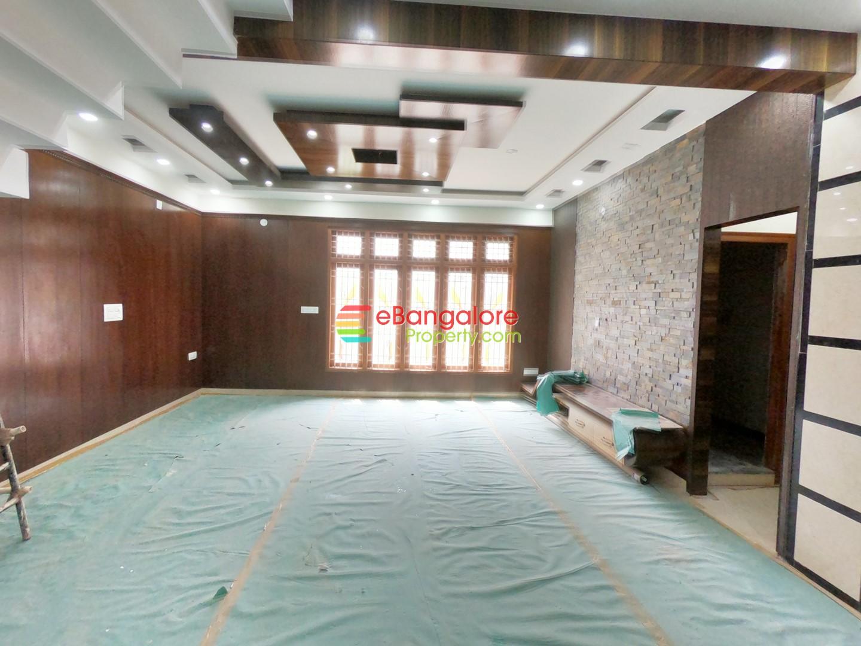 Nagarabhavi Ext BDA – 4BHK Triplex House For Sale on 30×40 With Lift – Shine Villa 18