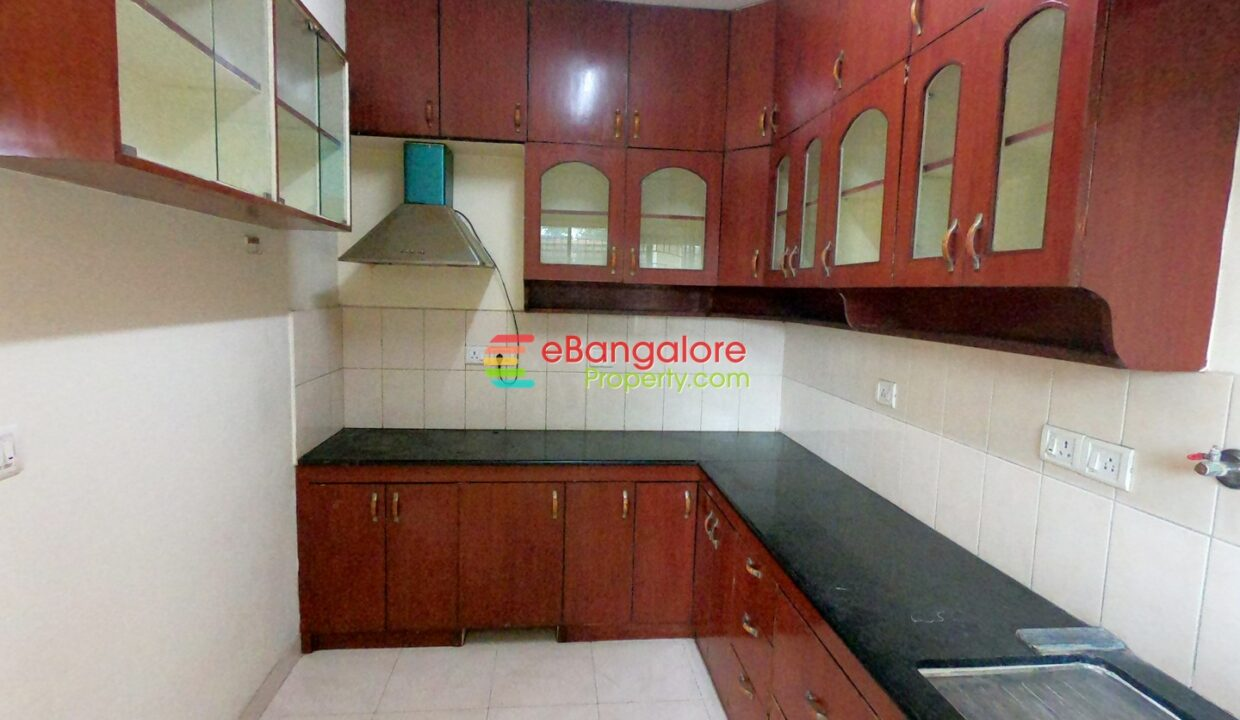 3bhk flat for sale in airport road