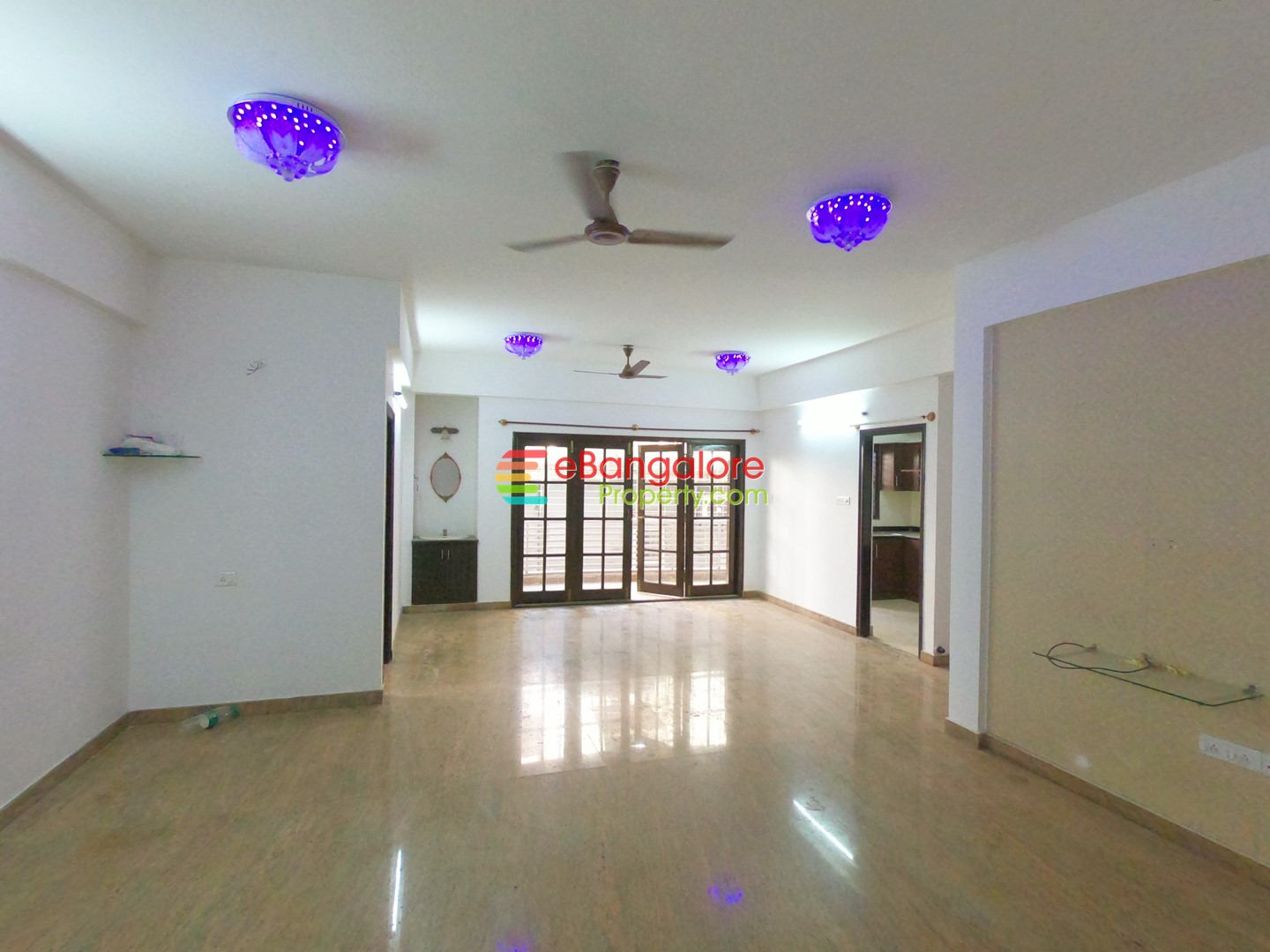 Frazer Town – 3BHK Semifurnished Condo For Sale in Posh Location – Near Coles Park