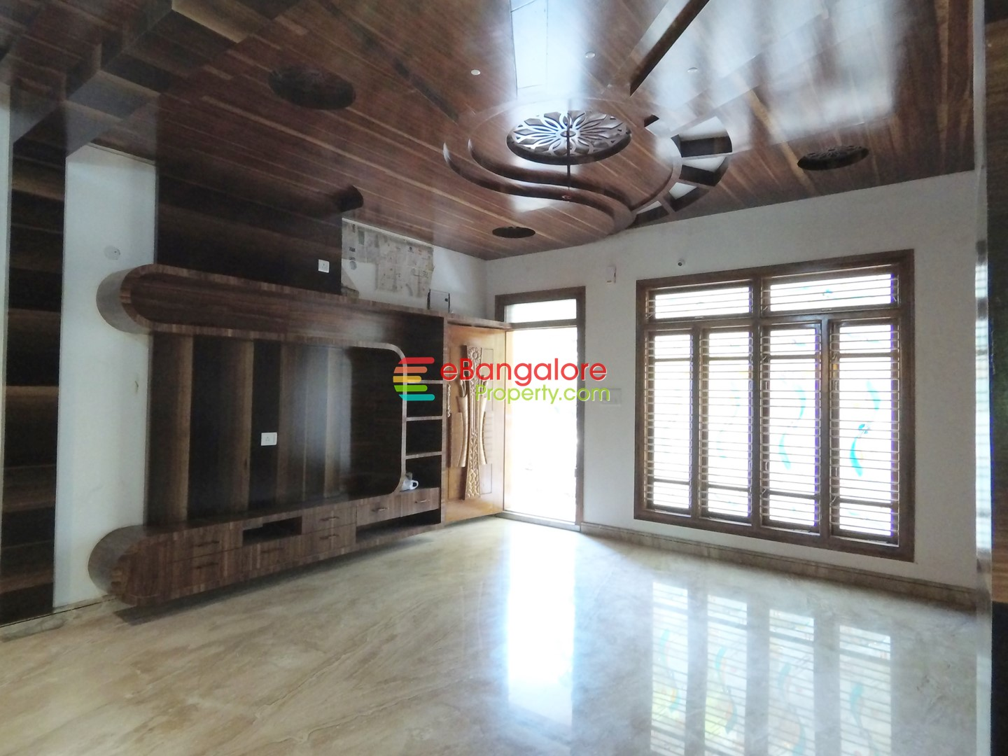 RR Nagar Lavish Home 9 – 5BHK Bungalow For Sale on 30×45 – With Lift, Gym & Home Theater