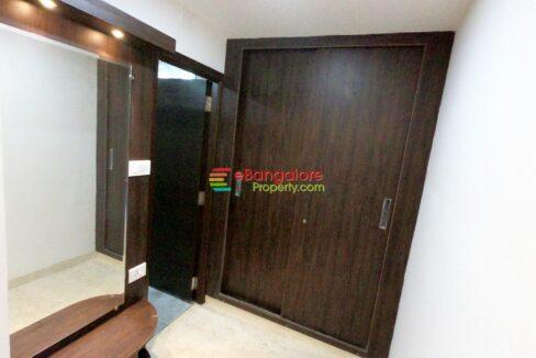 closet-area.jpg
