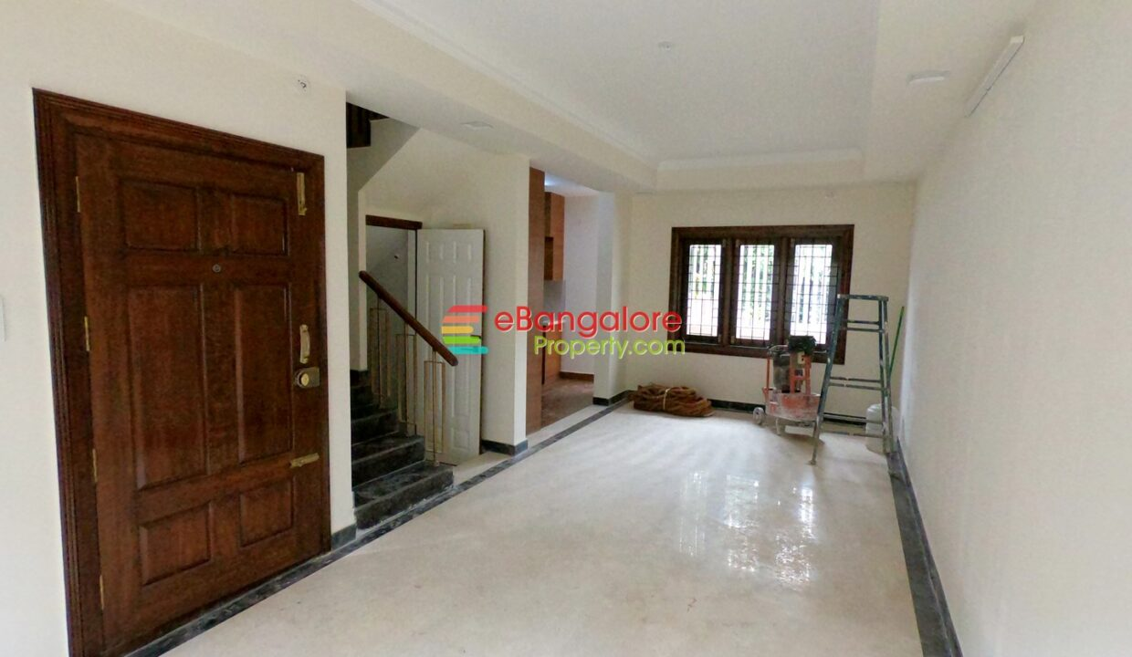 house-for-sale-in-hbr-layout.jpg