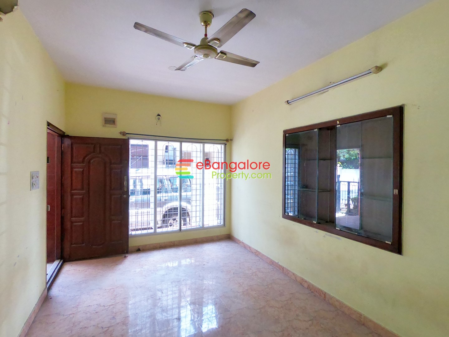 HRBR Layout BDA – 2BHK Duplex House For Resale on 20×30 – Semifurnished