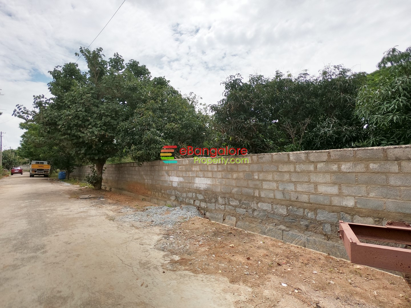 Hennur Byrathi – 40×60 Sites Suitable For Bungalow Or Apartment For Sale – Gated Community