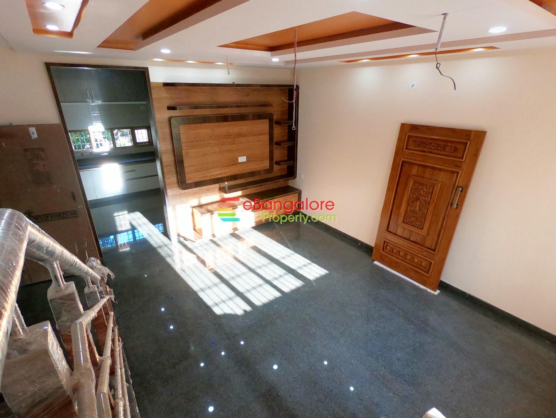 SMV Layout BDA – 3BHK Triplex House For Sale on 20×30 – Semifurnished