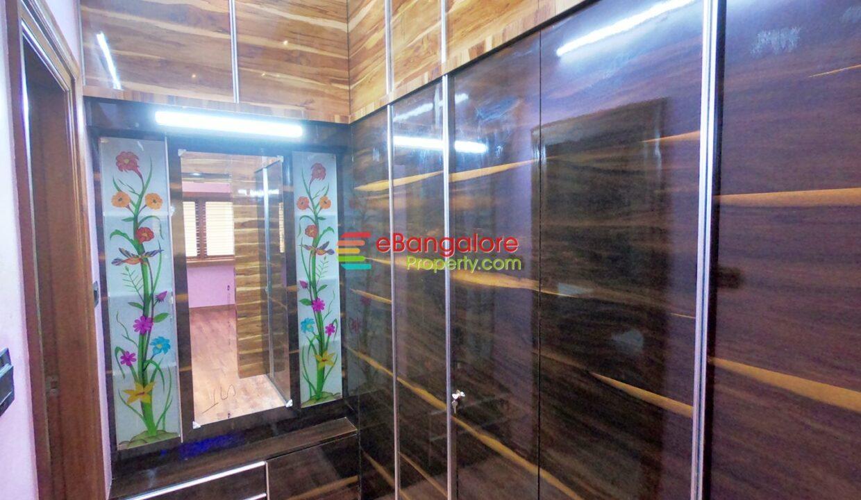 walkin-closet-area-1.jpg