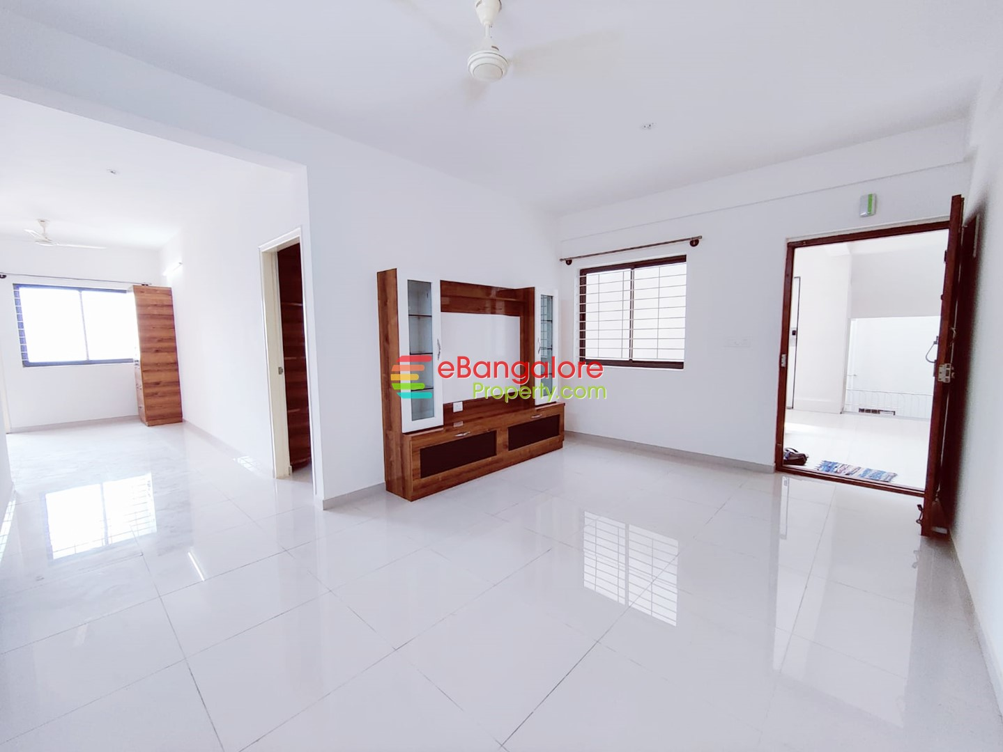 DS Max Silver Wood – 2BHK Semifurnished Brand New Flat For Sale – Electronic City 2
