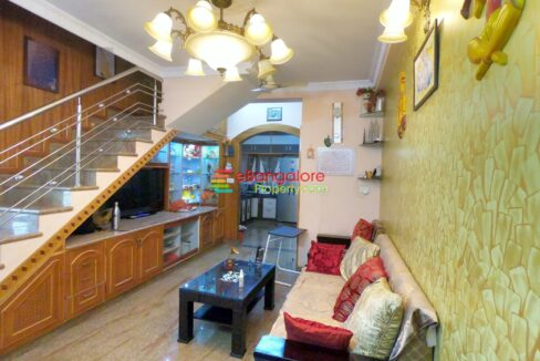 house-for-sale-in-banaswadi-1.jpg
